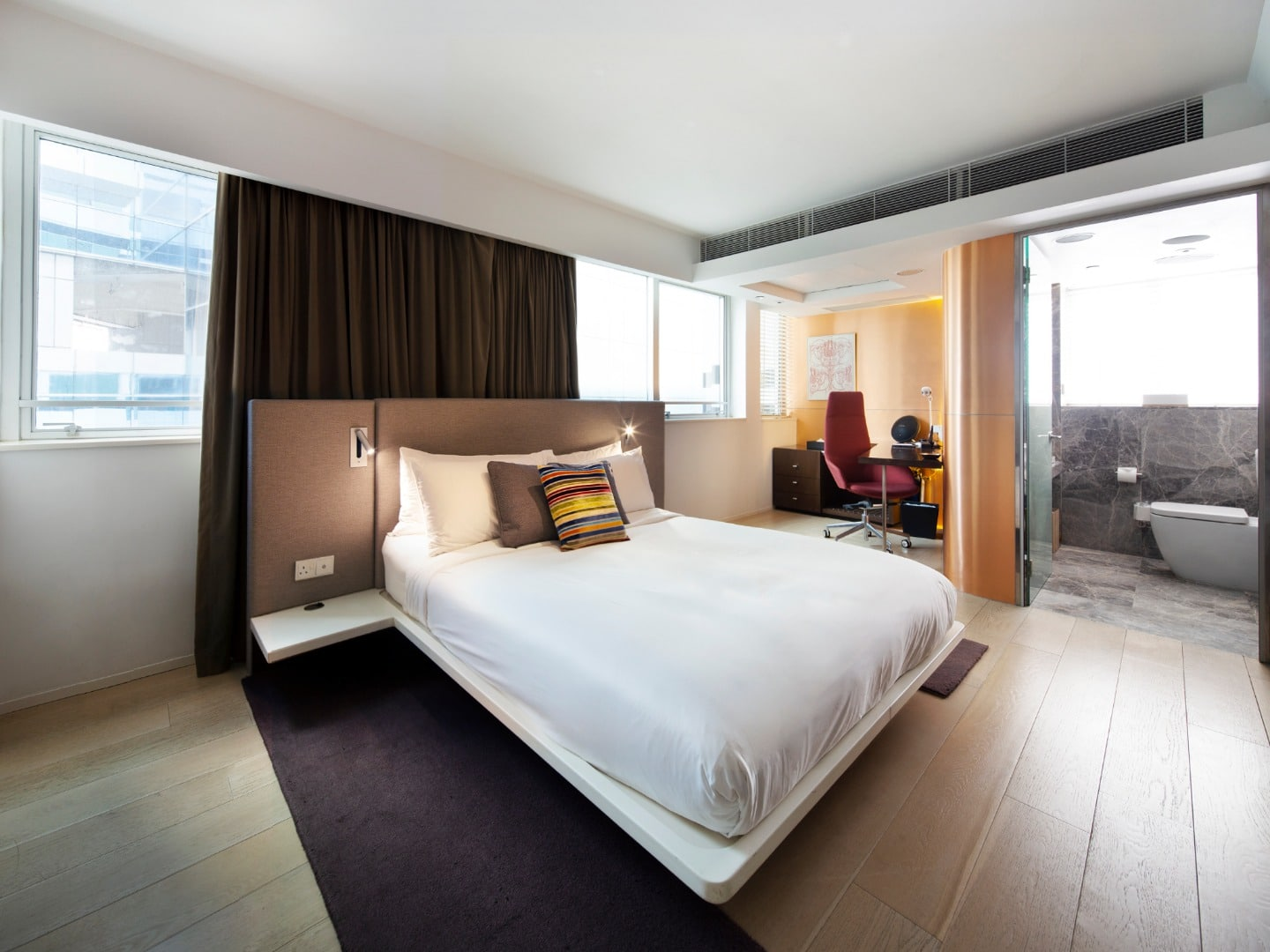 Ovolo Central-Gold